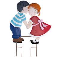 Kissing Couple Metal Lawn Stake