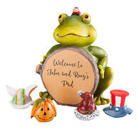Personalized Frog with Seasonal Hats